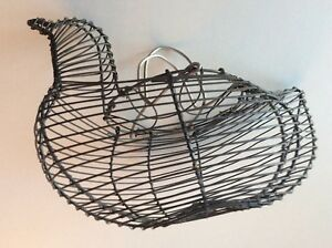 Antique Primitive Rustic Farm Country Metal Wire Chicken Egg Gathering Basket