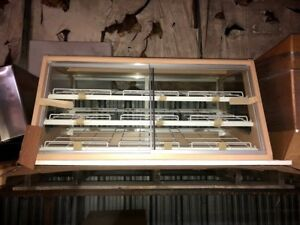 Countertop Bakery donut Display Case
