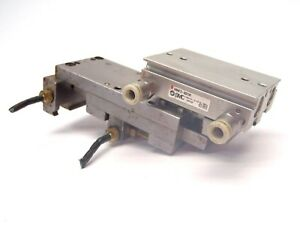 Smc Mhf2 8d1r Low Profile Air Gripper Pneumatic Cylinder W Attachment