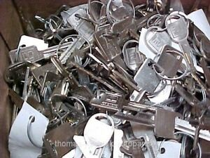 Locksmith Lot Of 18 Pounds Of New Cut 1969 And Up Gm Key Sets About 400 Sets