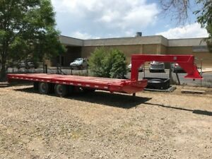 Trail King 41880 Lb Gross Weight Industrial King Pin Semi Tilt Trailer