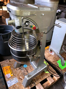 Used Doyon 30 Quart Mixer