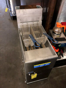 Used Pitco Stainless Steel Deep Fryer 35c s