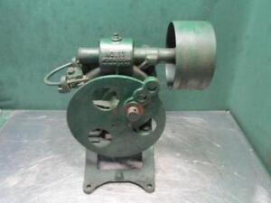 Antique Vintage No 17 Worm Gear Belt Drive Pump Jack