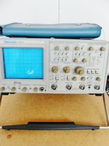 Oscilloscope Analog Bench Top Tektronix 2465 300mhz 4 Channel With Probe P6137