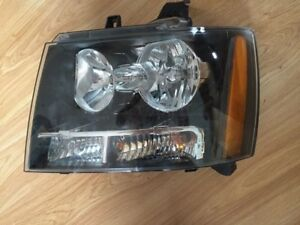 2007 2013 Gm Chevy Tahoe Suburban Driver Lh Side Head Light Oem