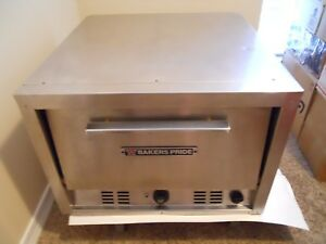Baker s Pride Pizza Oven Model P 22s Features Two 20 75 Sq Cordierite Decks