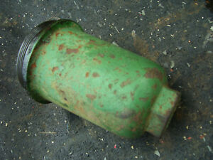 Vintage Oliver 1800 D Row Crop Tractor hydraulic Screen Cover