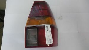 Vw Quantum Wagon Fastback Right Taillight 321945112 L