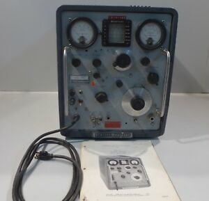 Vintage Hp 608d Vhf Signal Generator With Manual