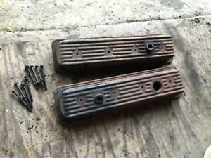 Pair Gm Chevrolet Valve Covers 87 Center Bolt Centerbolt Sbc 350 With Bolts