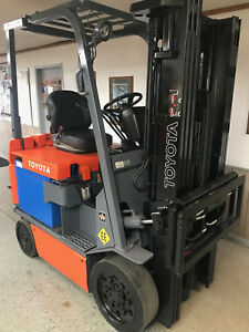 Toyota 30 7fbcu25 5000lb Ee Rated Electric Forklift Lift Truck