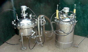 2 Each Advantec Stainless Steel Pressure Vessel Tank With Level Indicators Nice