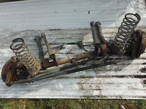 2000 04 Jeep Grand Cherokee 2x4 Front Axle Assembly With All Parts Will Ship