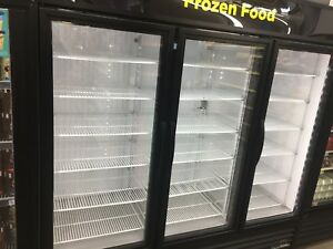 True Gdm 72f Merchandiser Freezer Glass Door