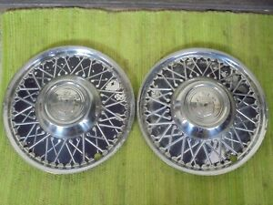 Vintage Lyon Accessory Hubcaps 15 Set Of 2 Wheel Covers 1940 s 1950 s Hot Rod