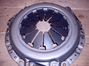 1526 2815 Hst 3016 3616 Hst Mahindra Tractor Clutch 10281111000