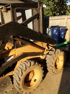 New Holland Skid Steer L 225