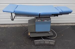 Ritter 111 Electric Medical Procedure Gynecological Examination Table