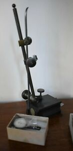 Brown Sharpe No 7743 Magnetic Base Indicator Stand With 7032 2 0001 Indicato
