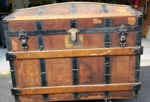 Vintage James Dooley Wood Metal Steamer Camel Back Trunk W Tray Rollers New York