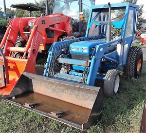 Genuine Ford New Holland 1715 Tractor Front Loader