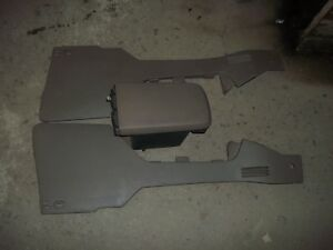 2004 2005 Ford Explorer Front Center Console With Trim Panels Oem Factory Brown