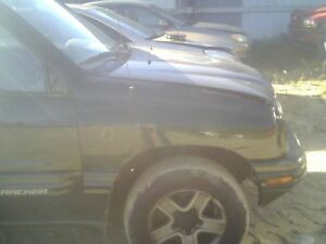On Sale Right Fender Chevy Geo Tracker 02 03 04