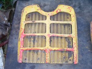 Vintage Ford 871 Diesel Tractor grille Housing Screen Assembly