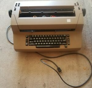 Vintage Ibm Selectric Ii Typewriter Self Correction With Accessories