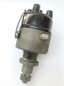 New Cast Iron Ih Farmall A B C H M 300 350 400 Tractor 4 Cylinder Distributor