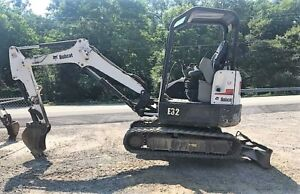 Genuine 2013 Bobcat E32 Mini Excavator 2011 Hours