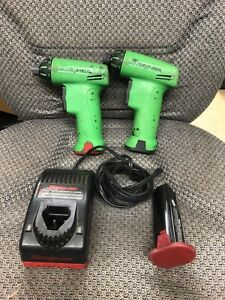 2 Snap On Cts561clg Cordless Screwdriver W 3 Batteries Charger