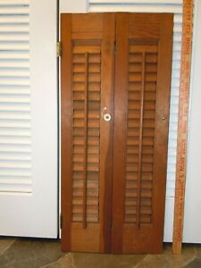 Small Old House Window Wood Louvered Hinged Shutter 27x12 Deco Inv 1648