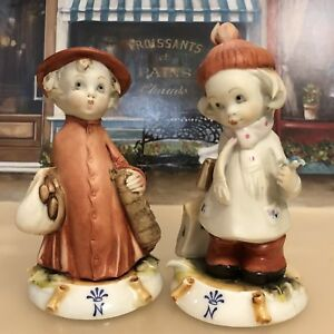 Capodimonte Set Of Two Handcrafted Porcelain Figurine By G Pezzato The Children