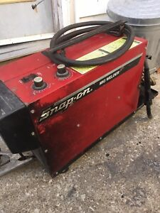 Snap on Tote Mig Welder 110 Amp Ya217a Ya 217a Professional Welding Medal Shop