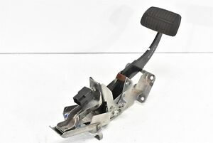 2009 2013 Subaru Forester Brake Stopping Pedal Assembly Automatic Oem 09 13