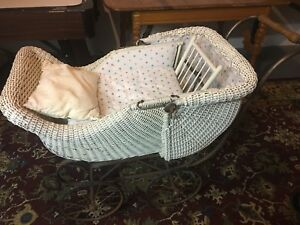 Vintage White Wicker Iron Baby Buggy Carriage Pram Old Great Condition