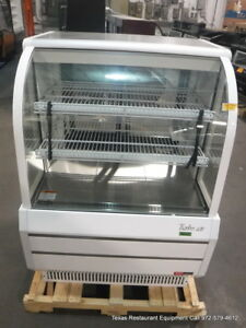Turbo Air Tcgb 36 w n 36 1 2 Refrigerated Bakery Display Show Case
