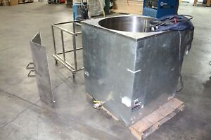 Primo 750 Wax Melter Heated Hose Pump Elevated Stand lid