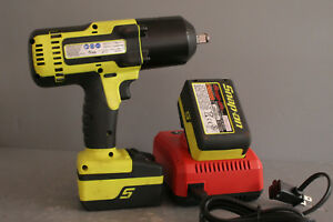 Snap On 1 2 Hiviz Impact Wrench Ct8850hv W 2 Batteries And Charger 22517
