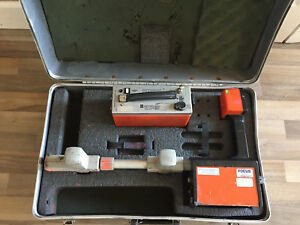 Metrotech 810 Cable And Pipe Locator Receiver And Transmitter