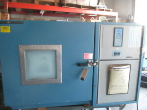 Thermotron S5 5c Bench Top Environmental Temperature Test Chamber 5 5cf