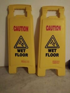 Pair Rubbermaid Commercial Floor Safety Sign 2 Pack caution Wet Floor Yellow