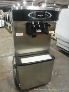 Taylor C713 27 Soft Serve Twist Yogurt Ice Cream Machine Year 2013