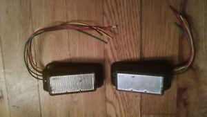 Pair Of Federal Signal Ipx300 Surface Mount Led s Red Used Work Great