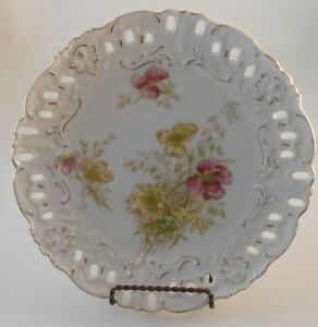 Antique Porcelain Decorative Plate W Reticulated Border Flower Design In Cente