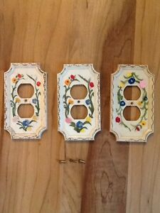 Vintage Unique Flower Outlet Covers Lot Of Three