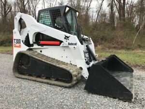 Bobcat T300 Rubber Track Skid Steer Loader Full Cab Diesel Bob Cat Skidsteer