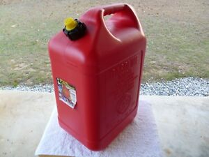 Blitz 6 Gallon 16 Oz Pre Ban Gas Can W Self Venting Spout 2 Handles 50841 New